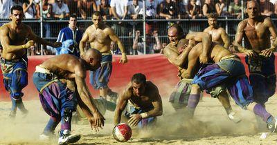 Calcio Storico: Echter Männersport