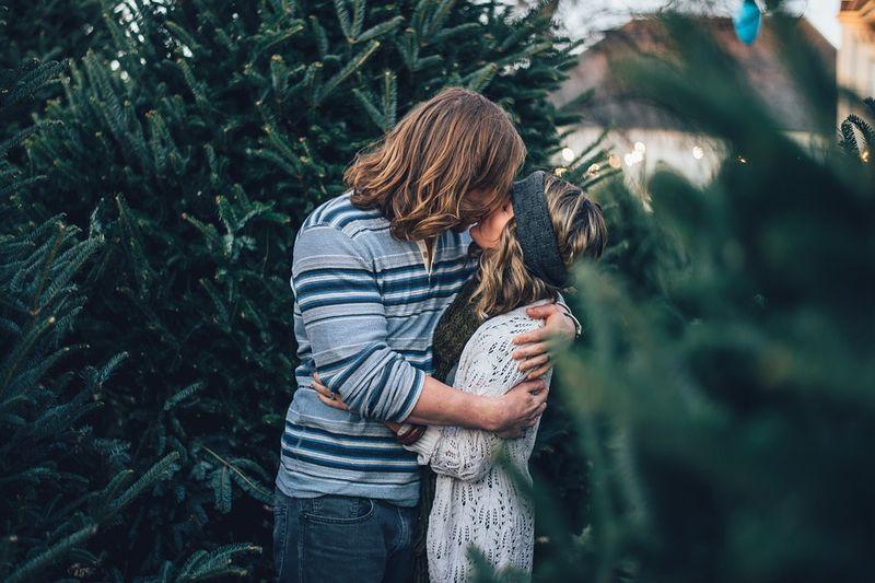 Vier Dinge, die Mann über Frau wissen muss