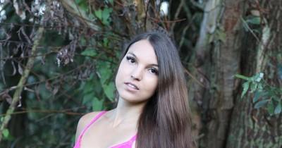 Porno-Stars ziehen blank für den Hambacher Forst