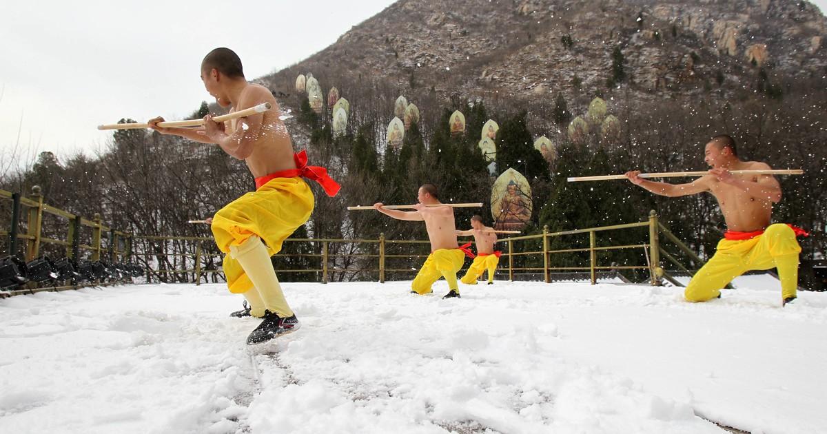 Profi-Kickboxer haben keine Chance gegen Shaolin-Mönch