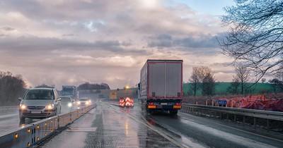 EU-Wahnsinn: LKW-Fahrer dürfen nicht mehr im Brummi übernachten