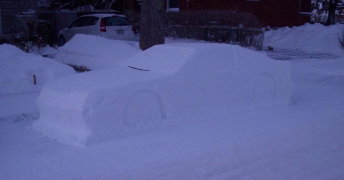 Polizei fällt auf Schnee-Auto rein
