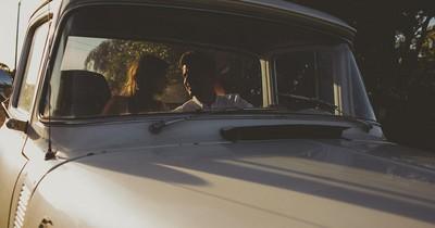 Pärchen wollte sich beim Liebesspiel in fremdem Auto vergnügen