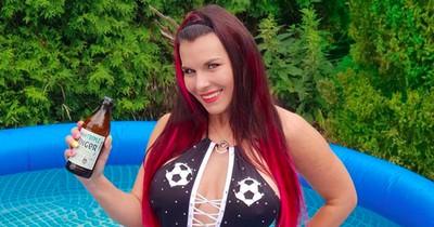 Aische Pervers enthüllt: Drei Promi-Fußballer waren vor ihrer Webcam