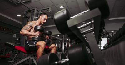 NoGo: 7 Dinge, die du im Fitnessstudio nicht machen solltest
