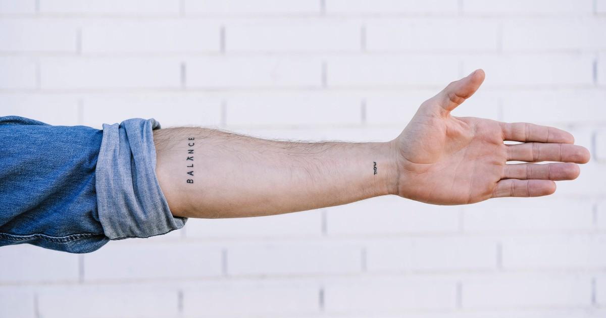 9 Mini-Tattoos, die perfekt für Männer sind