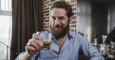 Der Genuss von Whiskey kann wohl Erkältung lindern