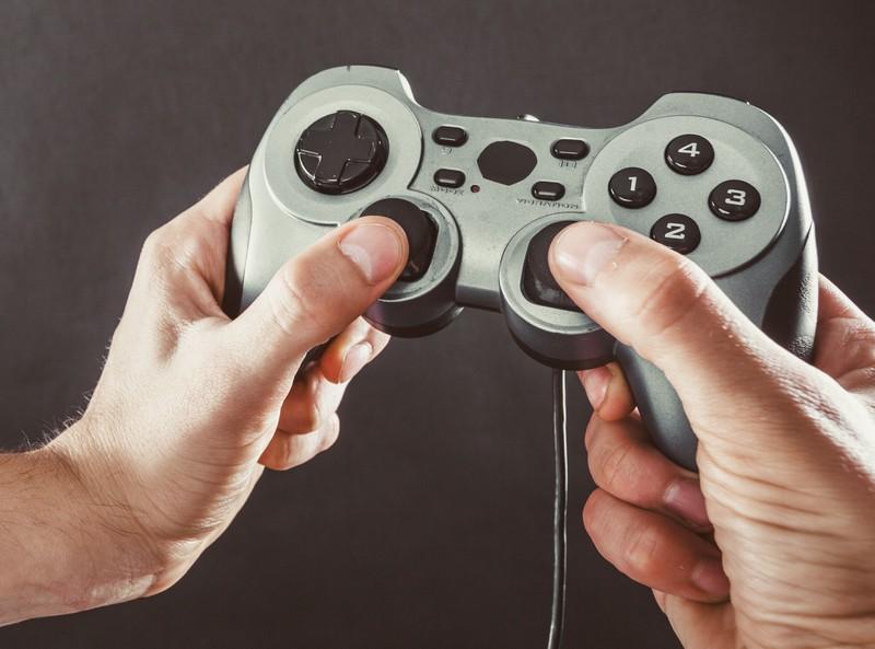 Man kann einige Tastenkombinationen auf seiner Xbox verwenden, die so gut wie keiner kennt