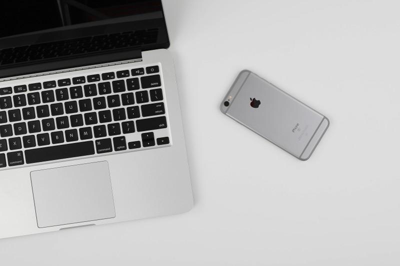 Neben dem Smartphone kann man auch die Tastatur als weiteren Tipp an die Xbox One anschließen