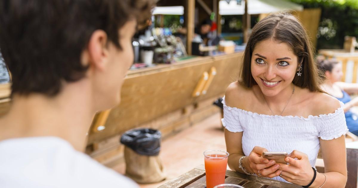 10 Flirtsprüche, die jeder Mann drauf haben sollte