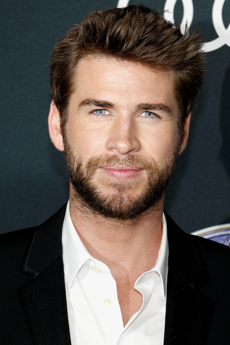 """Liam Hemsworth bei der """"Avengers: Endgame""""-Film-Premiere: Er trägt Vollbart"""