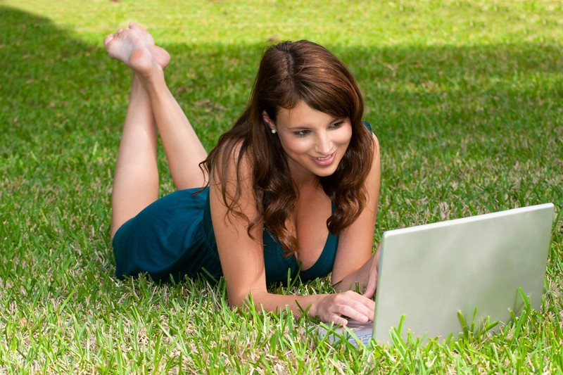 Ein guter Ort zum Frauen kennenlernen ist Online Dating
