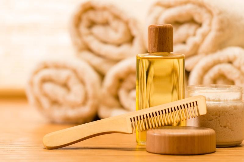Nicht nur Style ist wichtig, die Pflege der Frisur bzw. Haare ist 2020 auch für Männer ein wichtiges Thema.