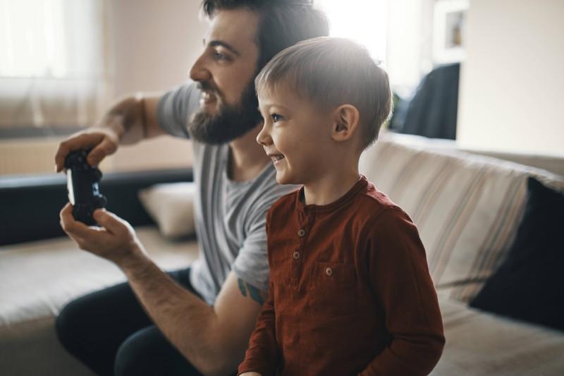 Als Vater darf man wieder zum Kind werden.
