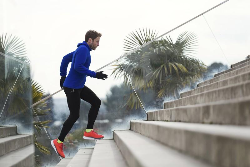 Um Abzunehmen sollte man am besten früh morgens joggen gehen