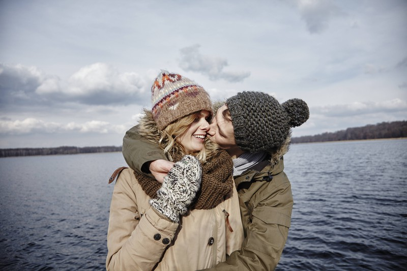 NAch einer Weile finden es Frauen nicht mehr aufregend den Freund zu küssen