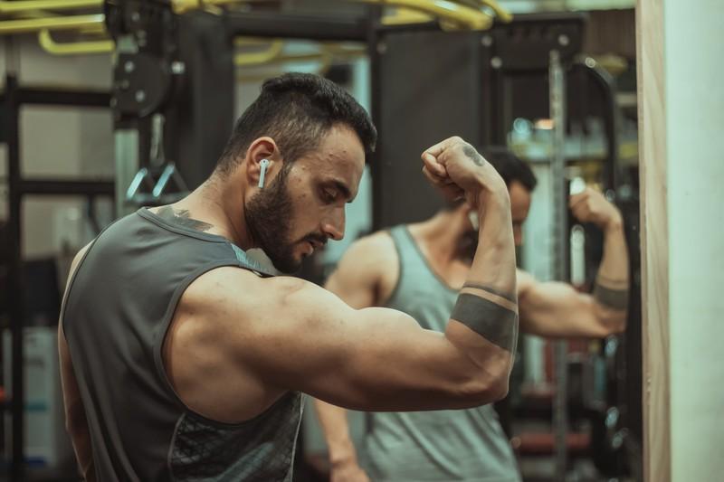 Diese Übungen sollte man machen um seine Armmuskeln wachsen zu lassen