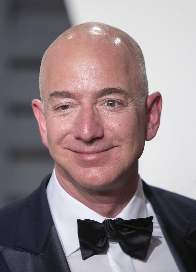 2026 könnte Jeff Bezos der erste Billionär der Welt sein.