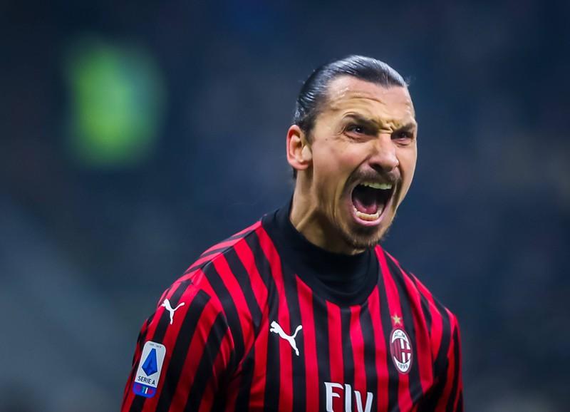 Ein Foto von Zlatan Ibrahimovic, der über die gesamte Liga sagte, dass er besser als die Liga sei