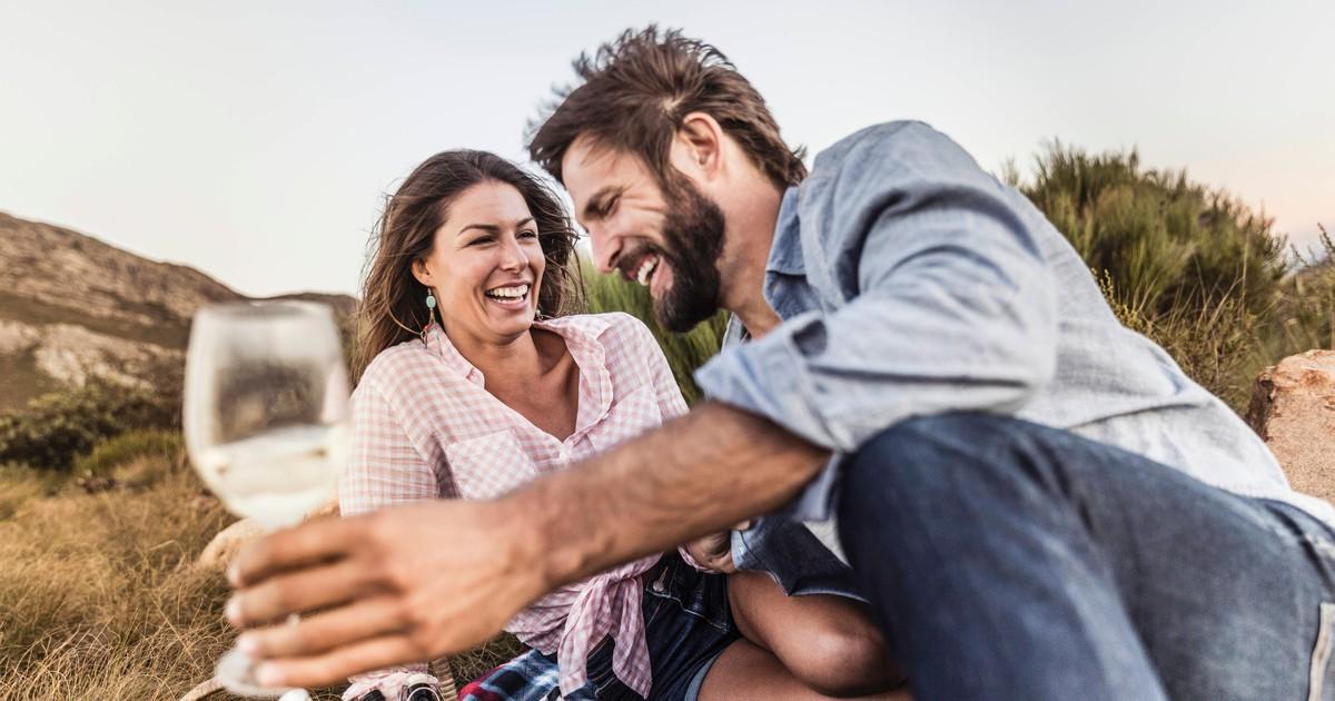 Beim 1. Date: 7 Dinge, über die Frauen gerne reden