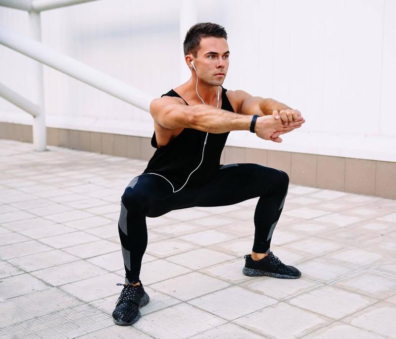 Auch zu Hause kann man mit guten Tipps starke Beine bekommen.