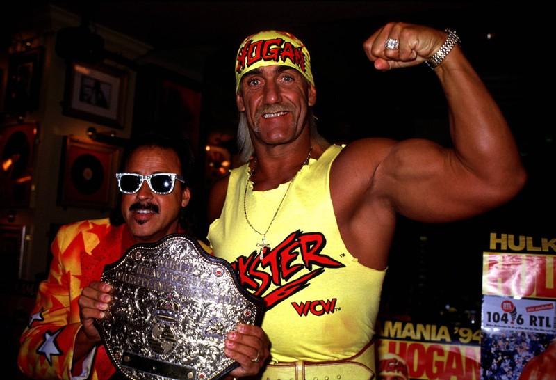 Hulk Hogan ist einem breiteren Publikum auch außerhalb des Rings bekannt.