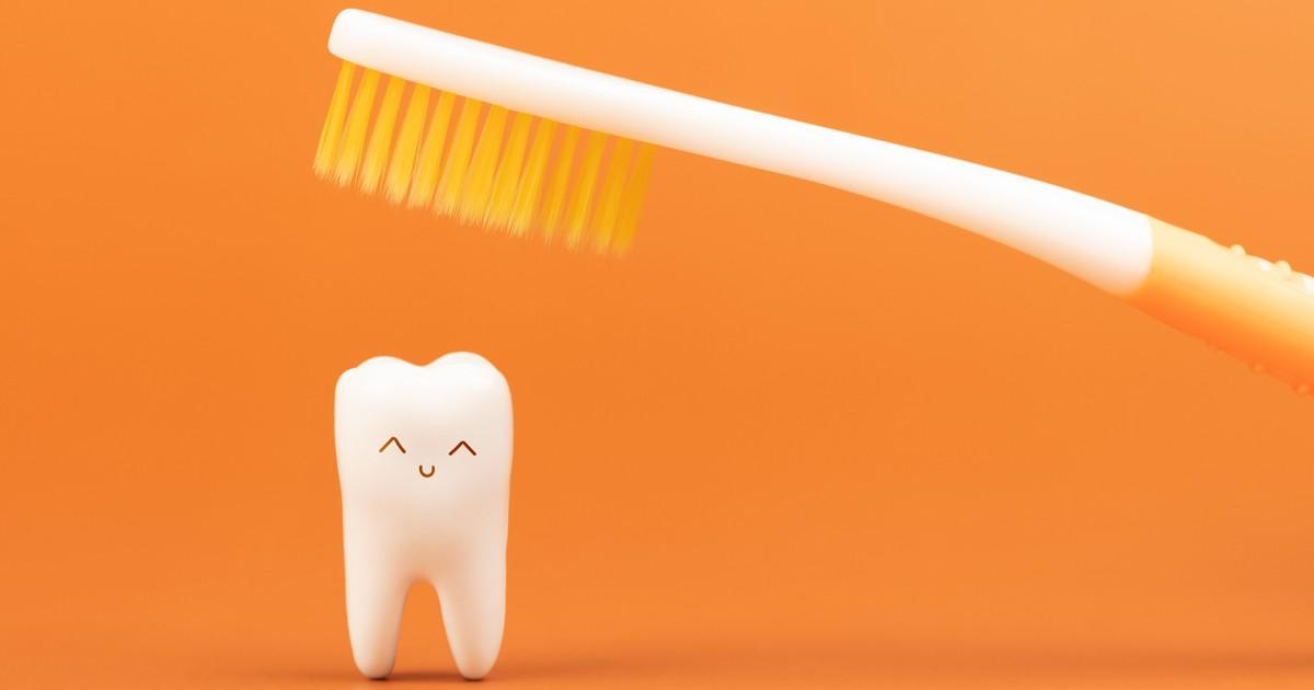 Mundgeruch bei Männern: 10 Tipps gegen den schlechten Atem