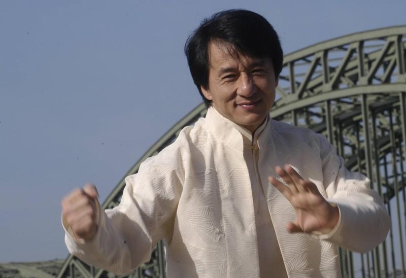 Jackie Chan zeigt seine Kampfkünste