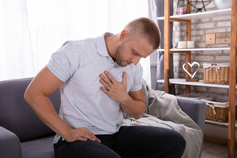 Männer können einen Herzinfarkt kriegen, wenn sie lange keinen Orgasmus hatten