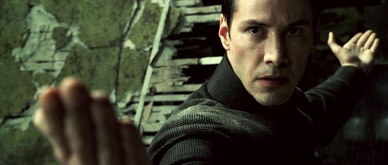 Keanu Reeves hat zwar auch häufiger ein Stunt-Double, aber hin und wieder dreht er riskante Szenen auch selbst